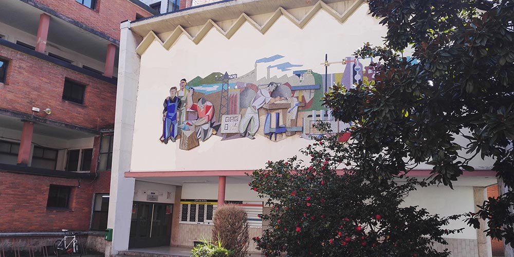 Entrada del Centro Educativo